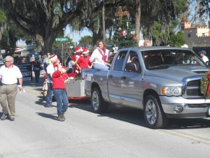 New Song Christmas Parade 2